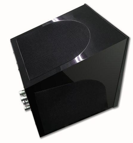 Calibre-Black-Pearl.jpg